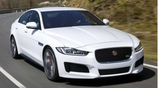 Jaguar XE Premium Luxury SI4 2.0L 2016
