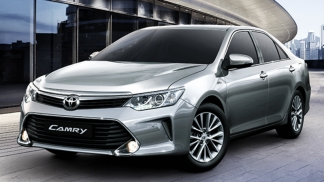 Toyota Camry 2.5G AT 2015