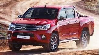 Toyota Hilux E 2.4 MT 4x2 2017