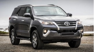 Toyota Fortuner 2.4AT 4x2 2019