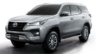 Toyota Fortuner 2.8L 4x4 AT 2021