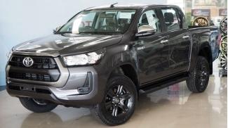 Toyota Hilux 2.4 MT 4x2 2020