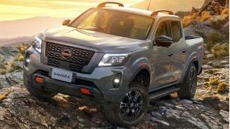 Nissan Navara 2WD Tieu Chuan 2021