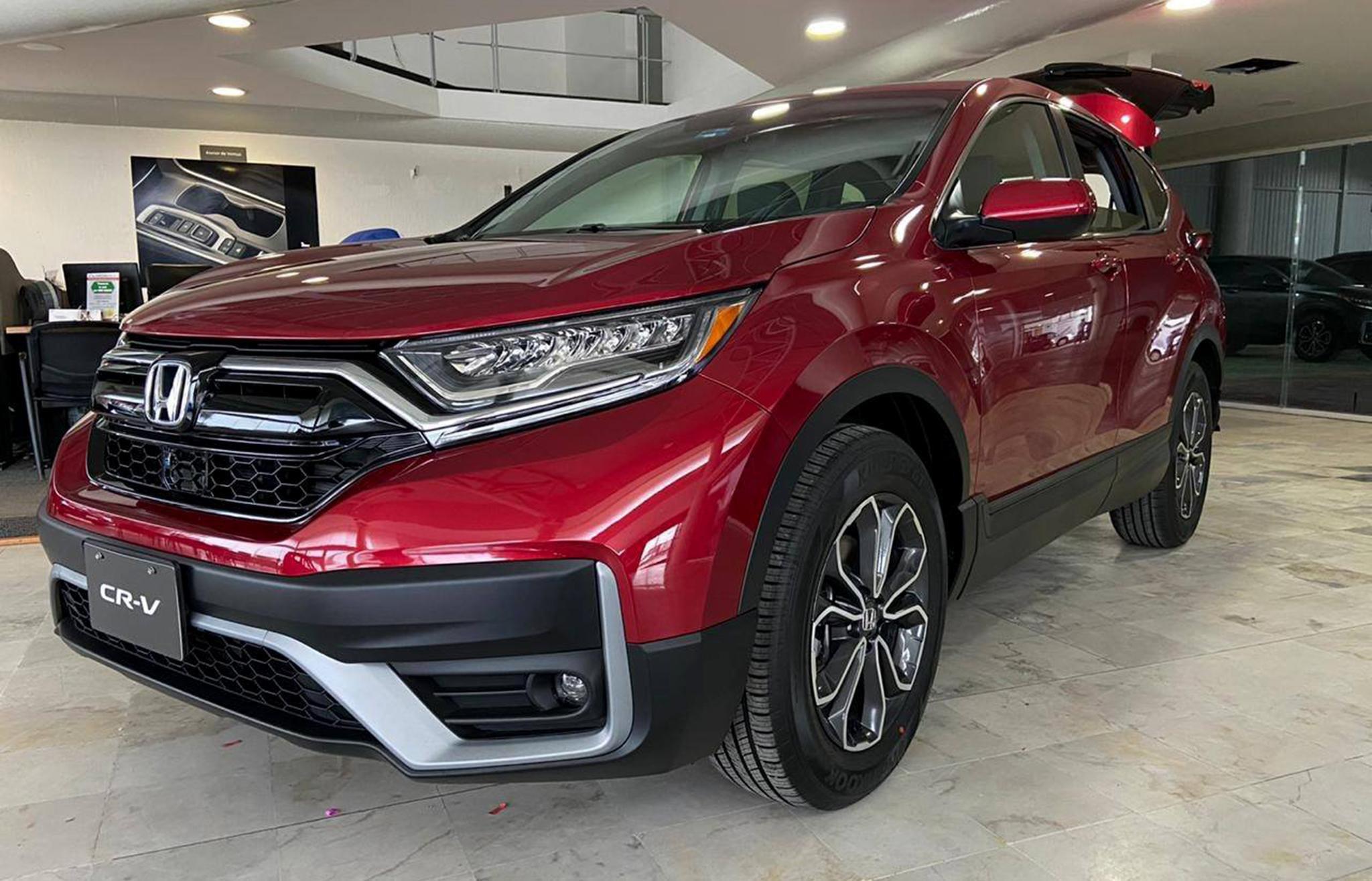 Honda CRV khuyến mãi hấp dẫn
