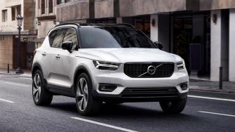 Volvo XC40 2019 hoan toan moi - doi thu BMW X1, Audi Q3
