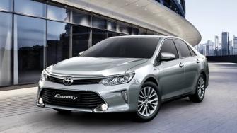 Toyota Camry 2017-2018 tai Viet Nam nang cap nhe, gia moi tu 997 trieu dong
