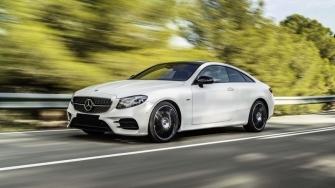 Chi tiet xe Mercedes E300 Coupe 2018 tai Viet Nam