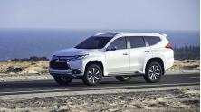 Mitsubishi Pajero Sport 2017 phien ban nhap khau co gia 1,149 ty dong