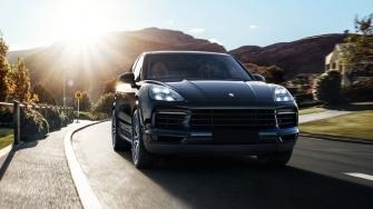 Porsche Cayenne 2018 moi tai Viet Nam co gia tu 4,54 ty dong