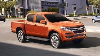 Chevrolet Colorado 2.5L 4x2 AT LT 2018 so tu dong co gia 651 trieu dong