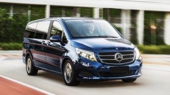 Gia xe Mercedes V-Class 2018 tai Viet Nam - May xang va may dau