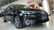 Gia xe Toyota Altis 2018 tai Viet Nam - 1.8E MT, 1.8E CVT, 1.8G CVT va 2.0V
