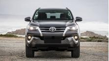 Chi tiet xe Toyota Fortuner may dau, so tu dong 2018 tai Viet Nam