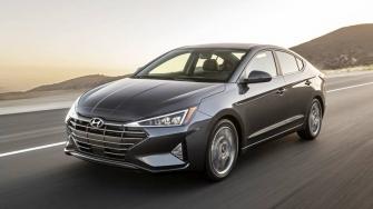 Hyundai Elantra 2019 phien ban moi nang cap