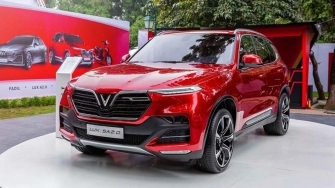 Gia xe SUV VinFast Lux SA 2.0 tu 1,999 ty dong, quy 3/2019 giao xe