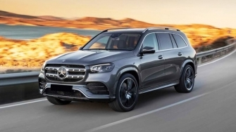 Mercedes GLS 2020 the he moi - SUV 7 cho doi thu BMW X7