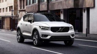 Chi tiet xe Volvo XC40 T5 AWD R-Design 2019 ban tai Viet Nam