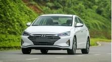 Chi tiet xe Hyundai Elantra 2.0AT 2019 tai Viet Nam