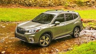 So sanh khac biet 3 ban Subaru Forester 2019 nhap Thai tai Viet Nam