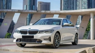 Chi tiet xe BMW 320i 2020 moi tai Viet Nam