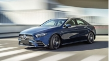 Xe sedan the thao Mercedes-AMG A 35 4MATIC 2020 gia ban 2,249 ty dong
