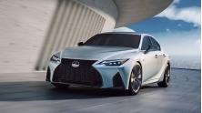 Gia ban xe Lexus IS 2021 tai Viet Nam tu 2,13 ty dong