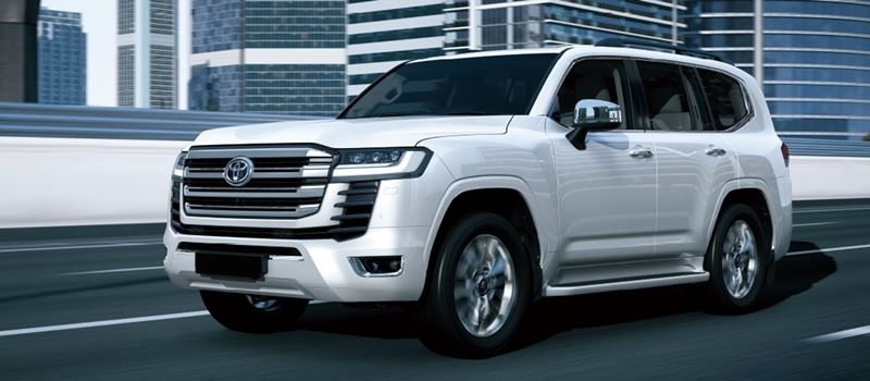 Thong so va trang bi xe Toyota Land Cruiser 2021-2022 tai Viet Nam