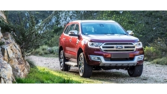 Ford Everest 2016 ban Titanium 2.2L co gi voi gia 1,329 ty dong