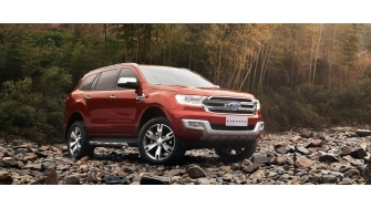 Ford Everest 3.2L 2016 phien ban cao cap co gia 1,936 ty dong tai Viet Nam