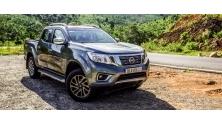 Nissan Navara VL co gi canh tranh Ford Ranger Wildtrak?