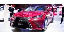 Lexus GS Turbo 2017 co gi noi bat voi gia 3,13 ty dong