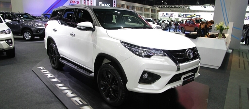 Toyota Fortuner 2017 phien ban the thao TRD Sportivo ra mat