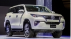So sanh Toyota Fortuner 2018 may dau 2.4L so san va so tu dong