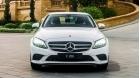 Mua xe Mercedes C200 2019 hay Toyota Camry 2.5Q 2019