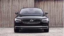 Nen mua xe Volvo S90 hay Audi A6?