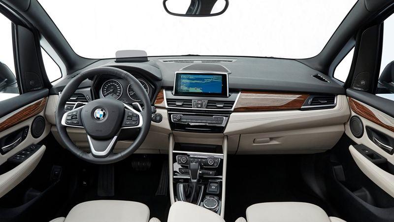 Cận cảnh BMW 2 Series Gran Tourer tại Geneva