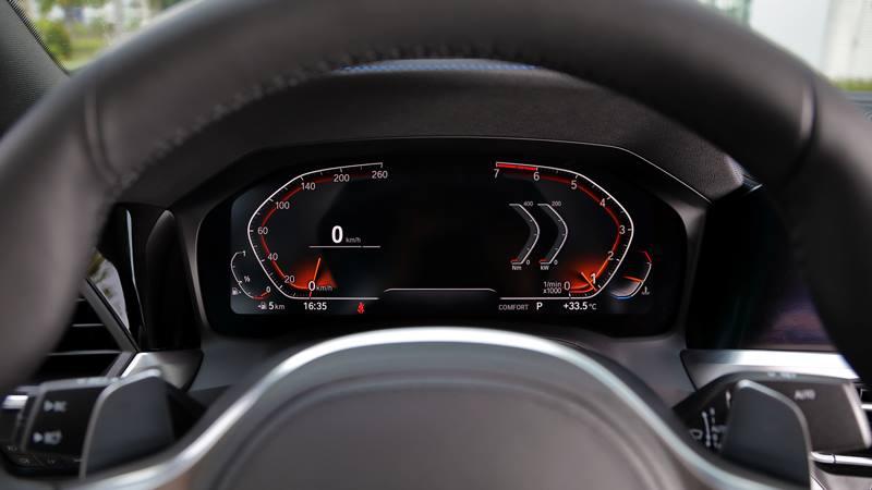 Những thay đổi nâng cấp mới trên BMW 330i M Sport 2020 tại Việt Nam - Ảnh 4