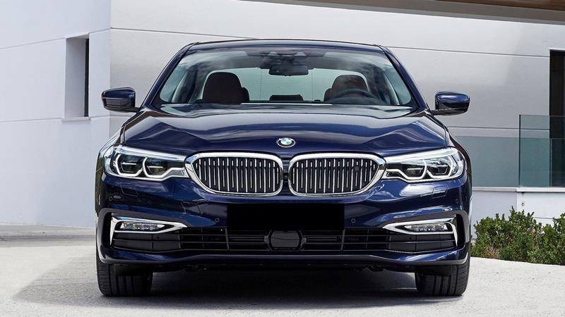 BMW 5-Series 2019 mới chính thức bán tại Việt Nam - 520i và 530i - Ảnh 2