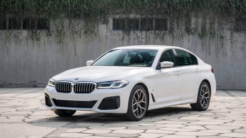 So sánh khác biệt 3 phiên bản xe BMW 5-Series 2021 mới - Ảnh 5