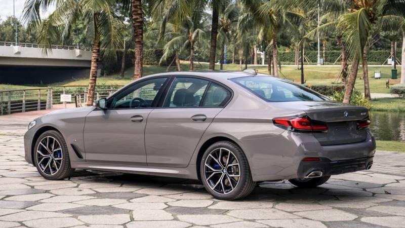 So sánh khác biệt 3 phiên bản xe BMW 5-Series 2021 mới - Ảnh 8