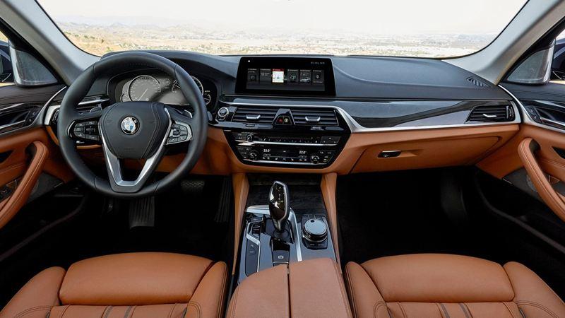 BMW 520i 2019 có giá mới 2,159 tỷ đồng, BMW 530i có giá 2,919 tỷ đồng - Ảnh 4