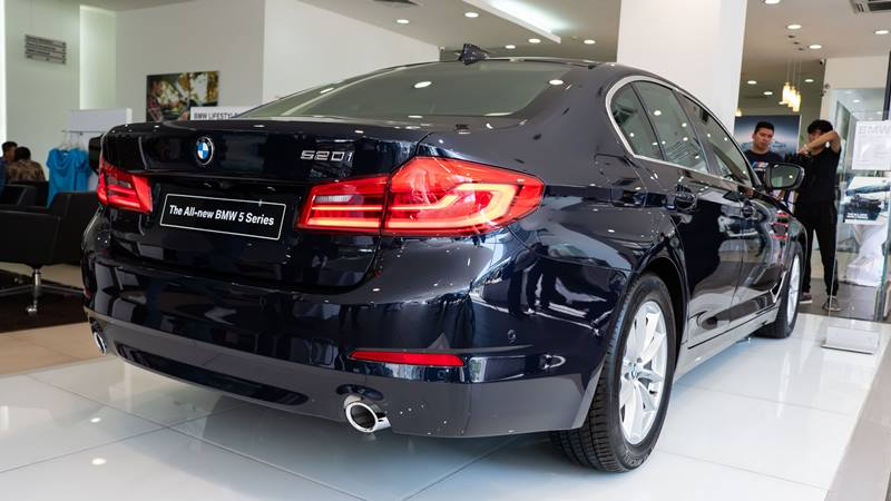 BMW 520i 2019 có giá mới 2,159 tỷ đồng, BMW 530i có giá 2,919 tỷ đồng - Ảnh 3