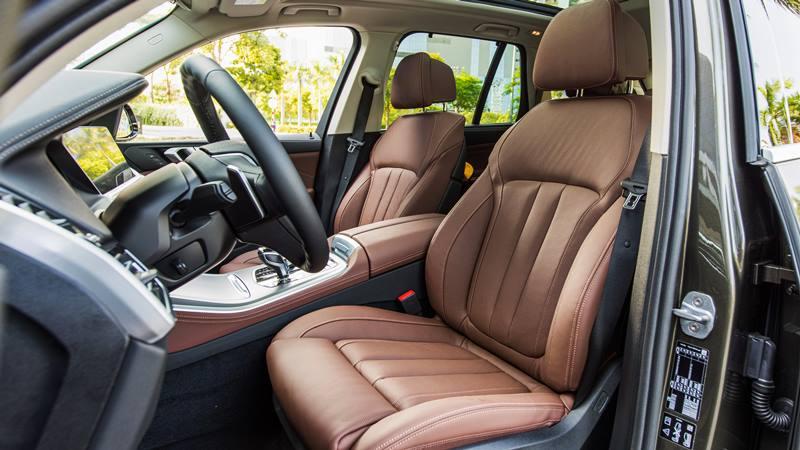 Giá bán xe 7 chỗ BMW X5 2020 mới tại Việt Nam từ 4,119 tỷ đồng - Ảnh 10