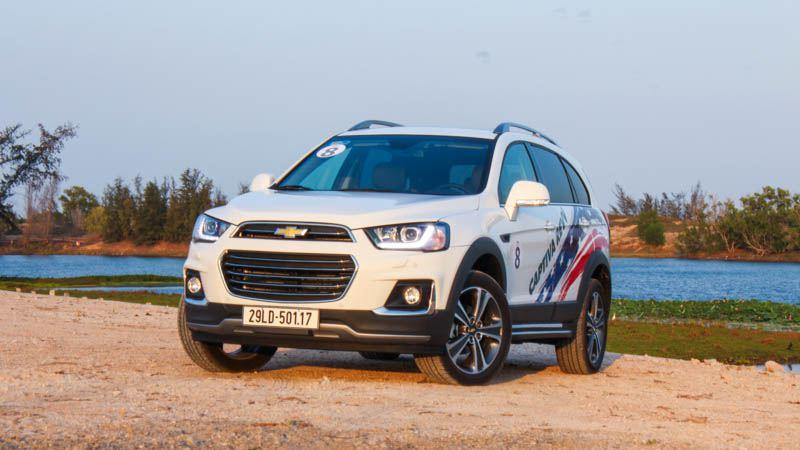 Mua xe SUV gầm cao 7 chỗ giá 800-900 triệu đồng năm 2017 - Ảnh 5