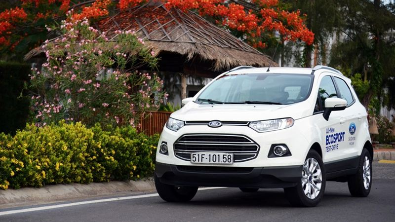 Ford-EcoSport-2017-tuvanmuaxe-a