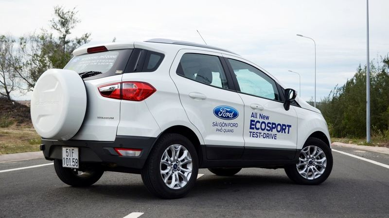 Ford-EcoSport-2017-tuvanmuaxe.vn-3