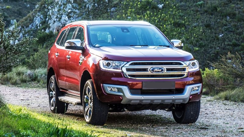 So sánh xe Ford Everest và Toyota Fortuner 2017 - Ảnh 3