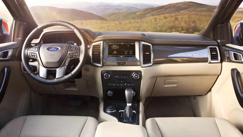 So sánh xe Ford Everest và Chevrolet Trailblazer 2018 - Ảnh 8