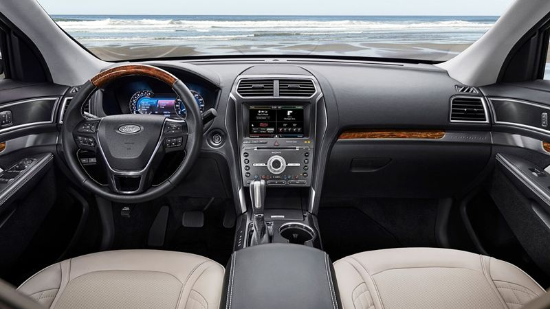 Ford-Explorer-2016-tuvanmuaxe_vn-6