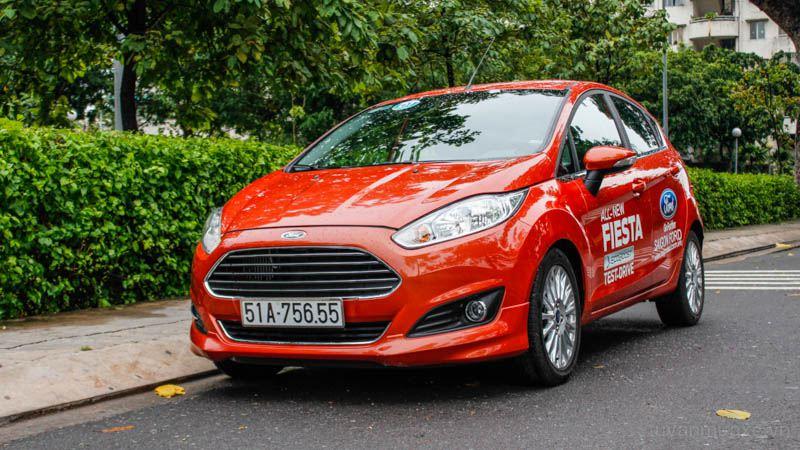 Bảng giá bán các dòng xe Ford tại Việt Nam cập nhật 1/7/2016 - Ảnh 1